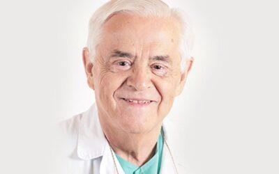Entrevista al Doctor Vidal, 50 años de excelente trayectoria en obstetricia y ginecología